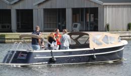 Sloepvaren - Vrijgezellenuitje in Friesland - Ottenhome Heeg Events